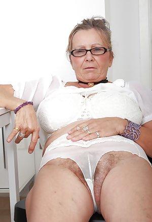 Granny Pussy Pics
